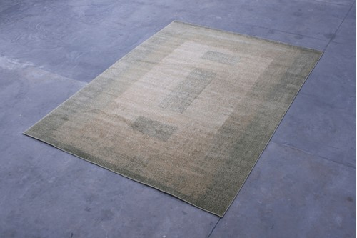 100% Polypropylene Green Kaydon Woven Rug Design Machine Woven in China with a 12mm pile