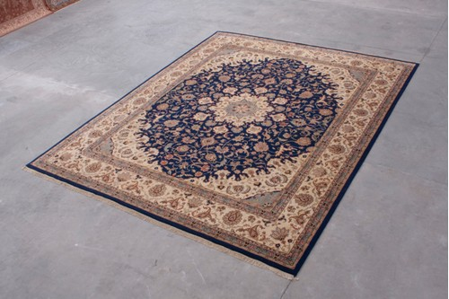 100% Wool Blue Indo Persian Meshed Rug Design Handknotted in India with a 15mm pile