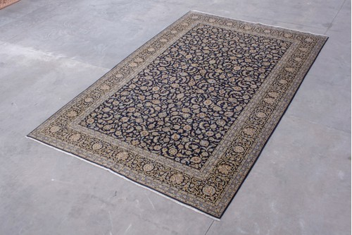 100% Wool Blue Persian Keshan Rug.Design PKE032046 4.80m x 3.15m Handknotted in Iran with a pile