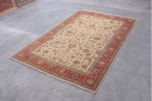 100% Wool Cream Indo Persian Keshan IPZ035082 Handknotted in India with a 15mm pile