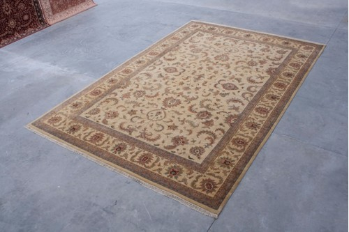 100% Wool Cream Indo Persian Keshan IPZ035075 Handknotted in India with a 20mm pile