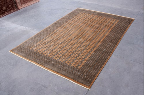 100% Wool Gold Fine Pakistan Bokhara Rug Design BOK035056 Handknotted in Pakistan with a 10mm pile