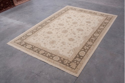 100% Wool Cream Afghan Veg Dye Rug AVE035098 530x362 Handknotted in Afghanistan with a 6mm pile