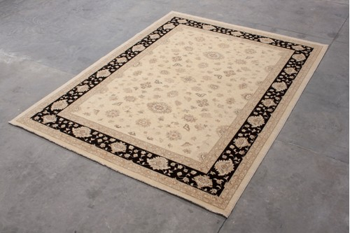 100% Wool Cream Afghan Veg Dye Rug AVE030029 417 x 315 Handknotted in Afghanistan with a 5mm pile