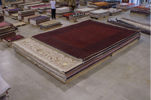 100% Wool Red Fine Afghan Red Rug ARE033000 429x337 Handknotted in Afghanistan with a 5mm pile