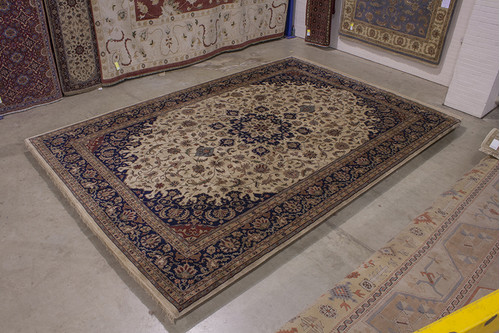 100% Wool Cream Indo Persian Meshed Rug IPM035084 534x368 Handknotted in India with a 20mm pile