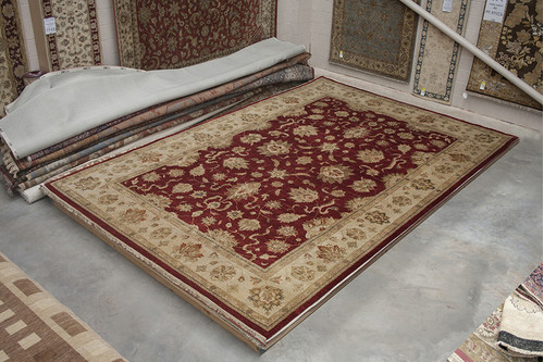 100% Wool Red Indo Zeilgler IZV035070 546x360 Handknotted in India with a 20mm pile