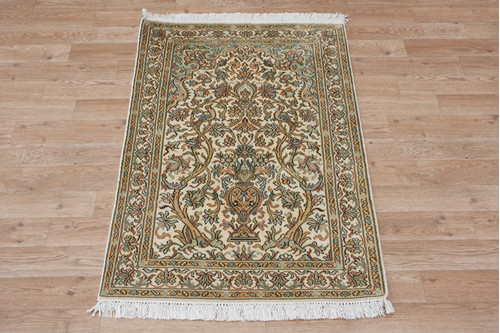100% Silk Cream Kashmiri Silk Rug KSK006075 100x63 Handknotted in India with a 5mm pile