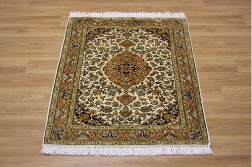 100% Silk Cream Kashmiri Silk Rug KSK006094 .94 x .67 Handknotted in Kashmir with a 5mm pile
