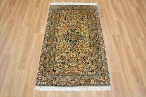 100% Silk Green Kashmiri Silk Rug KSK009091 123 x 63 Handknotted in Kashmir with a 5mm pile