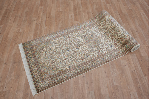 100% Silk Cream Kashmiri Silk Rug KSK047075 307x86 Handknotted in India with a 5mm pile