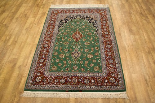 100% Wool Green Persian Ipsphan Rug PIS020000 232 x 152 Handknotted in Iran with a 10mm pile