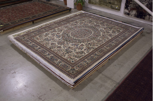 100% Wool Cream Pakistan Persian Rug QAP031075 435x325 Handknotted in Pakistan with a 20mm pile