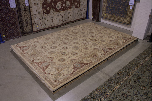100% Wool Cream Afghan Rug QVE036075 5.87 x 4.19 Handknotted in Afghanistan with a 5mm pile