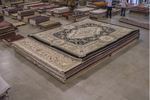 100% Wool Black Chinese Savonnerie Rug SAV033320 457x370 Handknotted in China with a 25mm pile