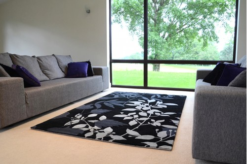 60% Wool / 40% Viscose Black Ella Claire Indian Rug Design Handmade in India with a 18mm pile