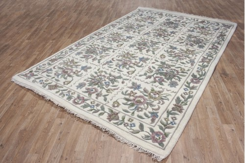 100% Wool Cream Ganges Indian Rug Design Handknotted in India with a 18mm pile