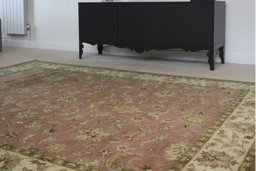 100% Wool Rose Indo Keshan Rug Design Handmade in India with a 15mm pile