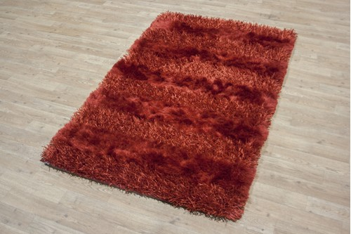 55% Polymide / 45% Viscose Pile Red Shaggy Design ILP033 Handmade in India with a 50mm pile