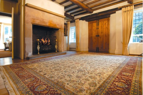 100% Wool Cream Very Fine Indo Persian Rug Design Handknotted in India with a 12mm pile