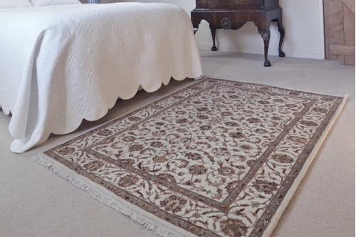 85% Wool / 15% Silk Cream Very Fine Indo Persian Rug Design Handknotted in India with a 12mm pile