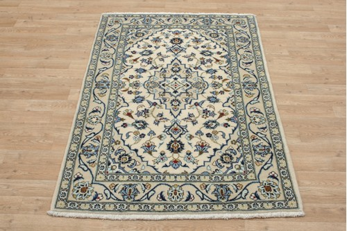 100% Wool Cream coloured Persian Kashan Rug KES014044 147x101 Handknotted in Iran with a 18mm pile