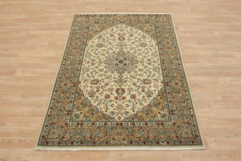 100% Wool Cream coloured Persian Kashan Rug KES014F44 164x109 Handknotted in Iran with a 18mm pile
