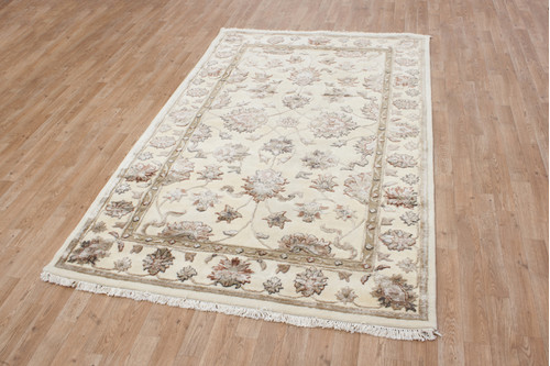 Indian Jaipur Palace Rug handmade from a mix of 80% wool and 20% viscose. 18mm pile