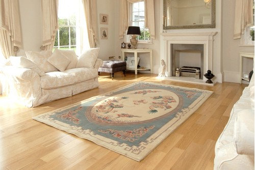 100% Wool Cream Premier Superwashed Chinese Rug Design Handknotted in China with a 25mm pile