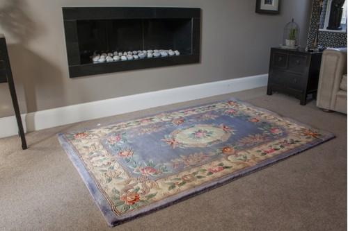100% Wool Grey Premier Superwashed Chinese Rug Design Handknotted in China with a 25mm pile