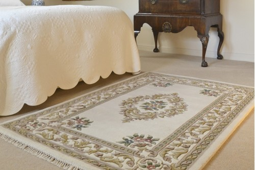 100% Wool Cream Super Rajbik Indian Rug Design Handknotted in India with a 20mm pile